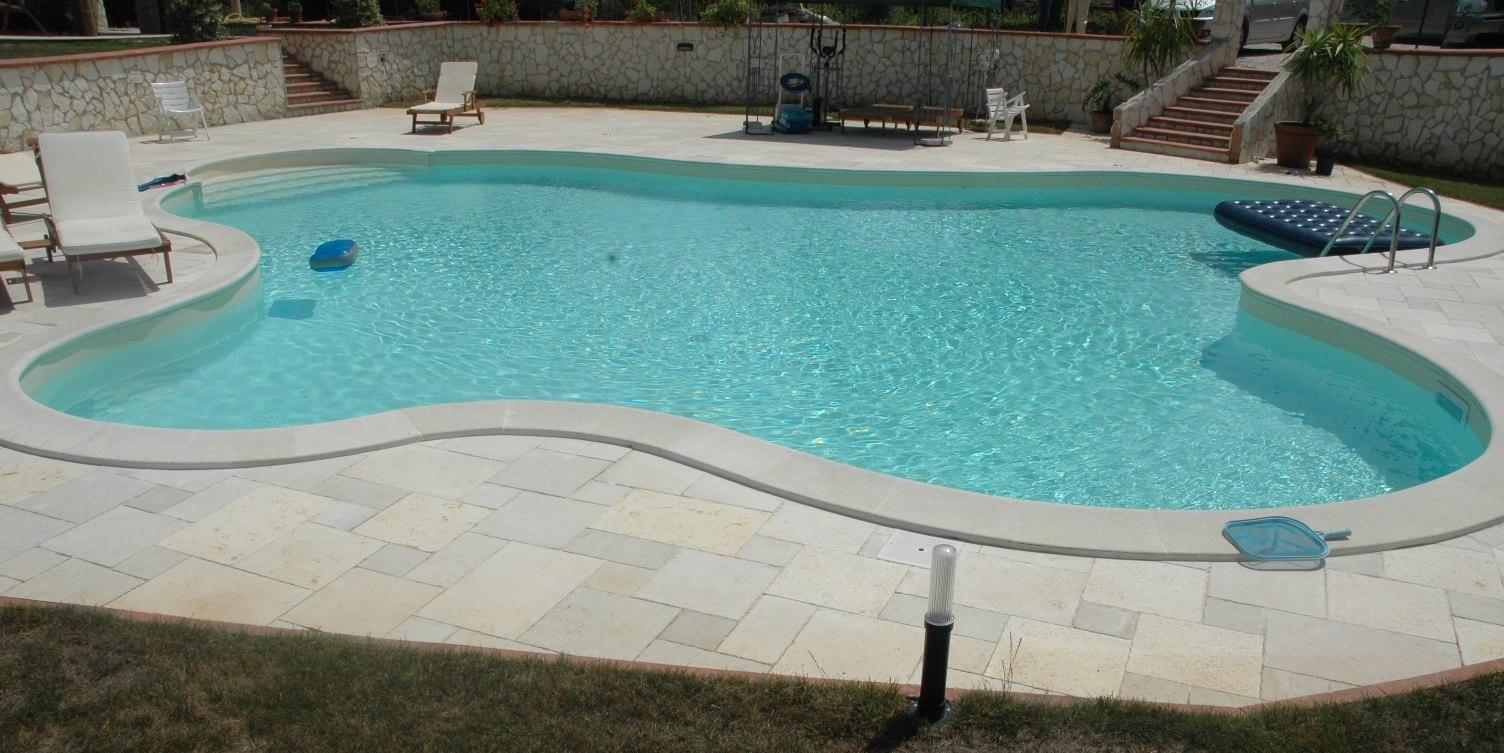 Fasi costruttive di una piscina interrata a skimmer scp - Prezzo piscina interrata ...