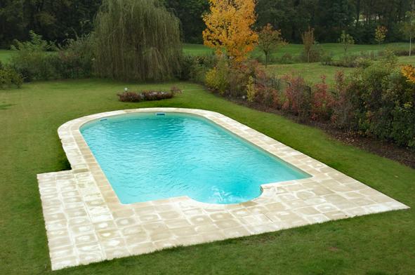 Pavimentazioni per piscine quale scegliere scp fidelio blog - Accessori per piscine interrate ...